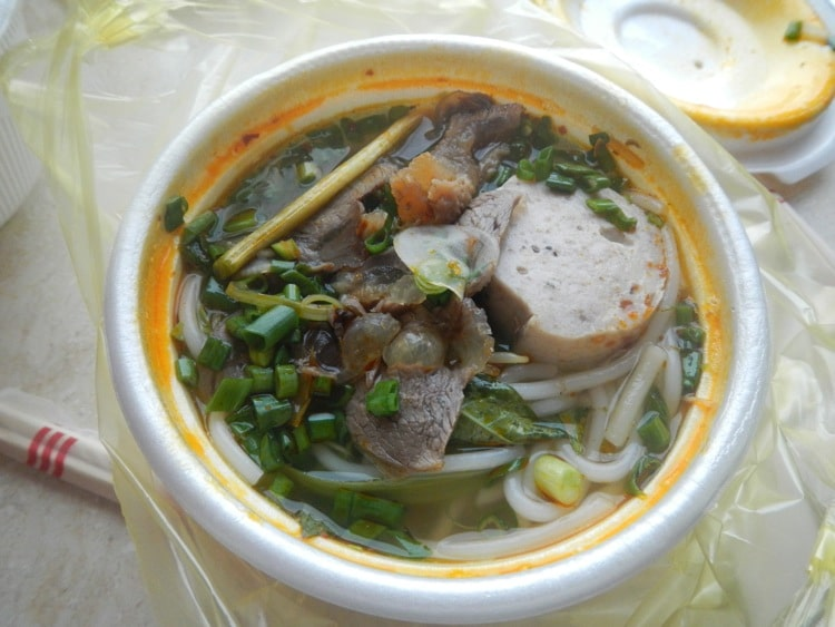 A day In Ho Chi Minh City - Pho