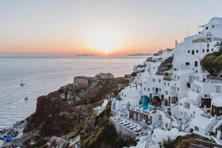 Where To Stay In Santorini Greece
