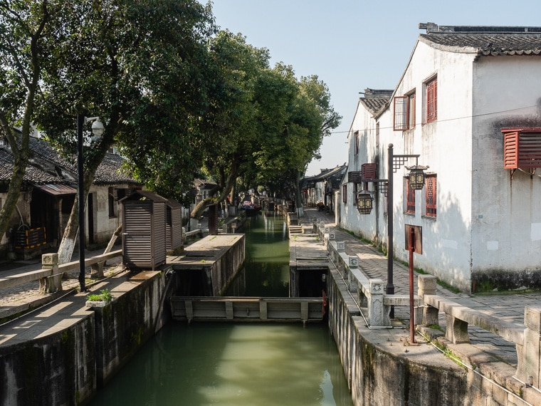 First Impressions Of Tongli Water Town